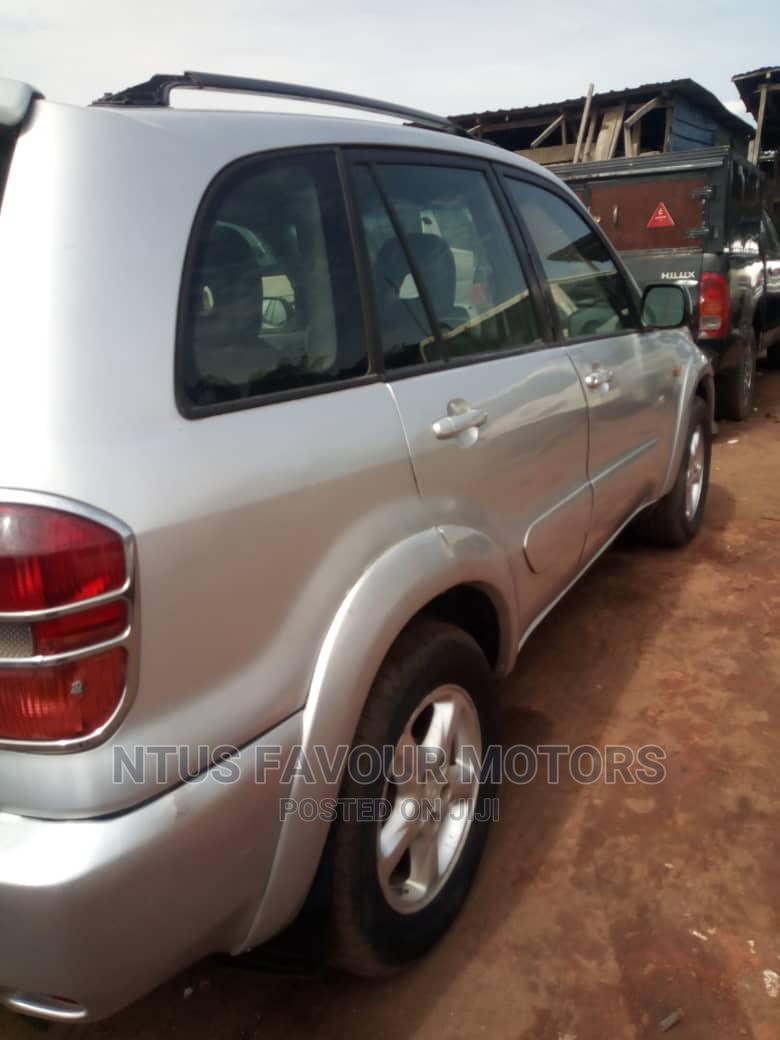 Toyota RAV4 2002 Silver | Cars for sale in Amuwo-Odofin, Lagos State, Nigeria
