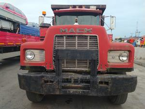 R Model Mack Tipper With 24 Valves Engine, 30 Tons Bucket.   Trucks & Trailers for sale in Lagos State, Apapa