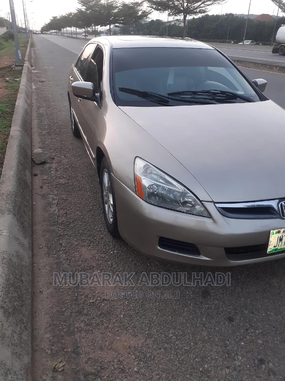Archive: Honda Accord 2007 2.0 Comfort Automatic Gray