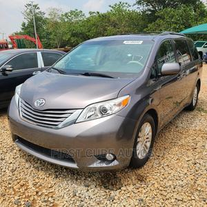 Toyota Sienna 2012 Gray | Cars for sale in Abuja (FCT) State, Katampe