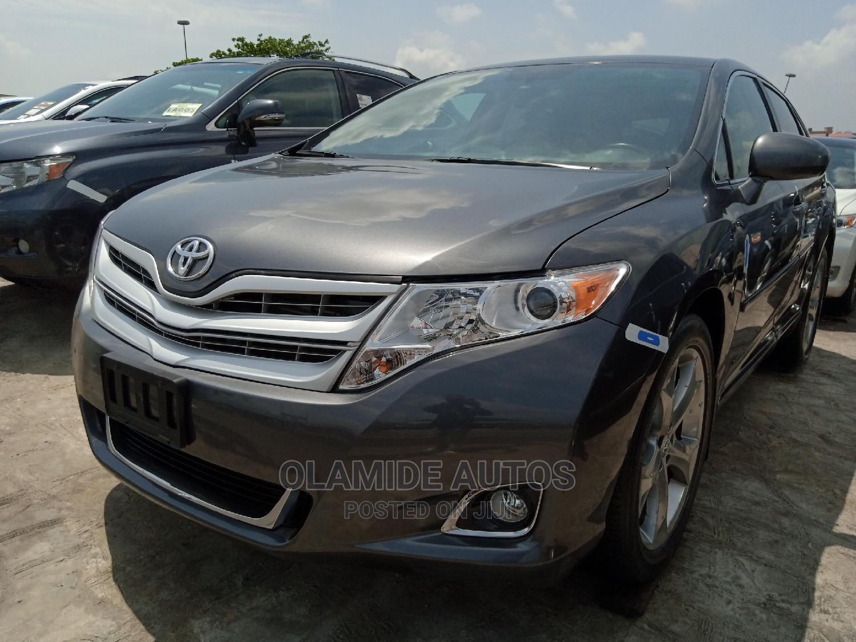 Toyota Venza 2011 V6 Gray