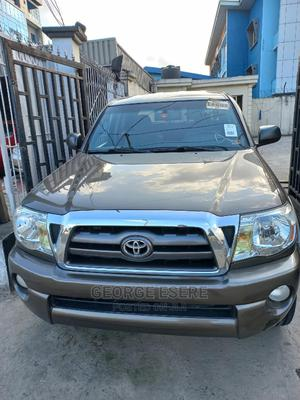 Toyota Tacoma 2009 Double Cab V6 Automatic Brown | Cars for sale in Lagos State, Ilupeju
