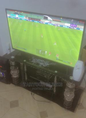 Glass TV Stand   Furniture for sale in Ondo State, Akure
