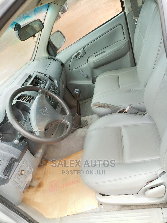 Archive: Toyota Hilux 2007 2.7 VVT-i 4x4 SRX White