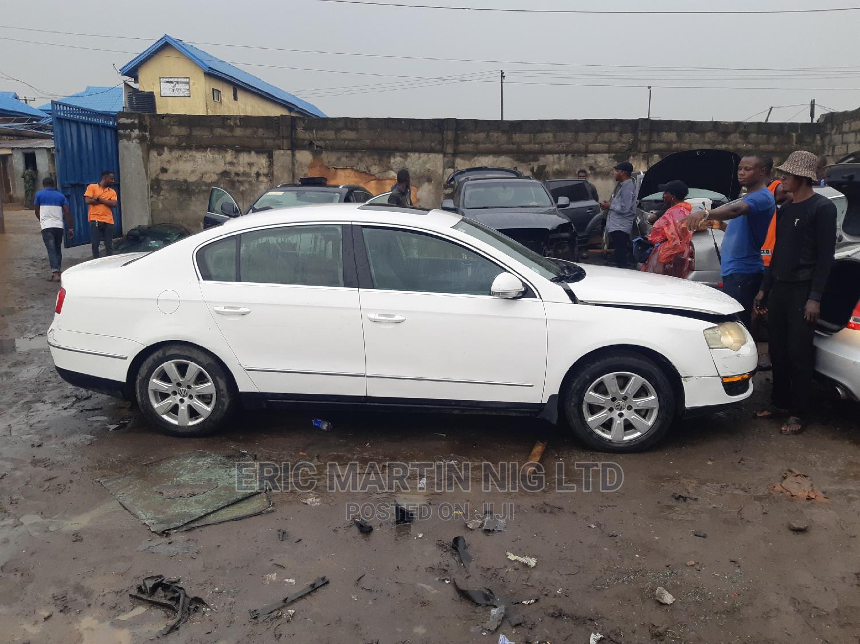 Volkswagen Passat 2008 2.0 White | Cars for sale in Surulere, Lagos State, Nigeria