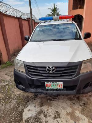 Toyota Hilux 2012 2.7 VVT-i 4X4 SRX White | Cars for sale in Lagos State, Ojodu