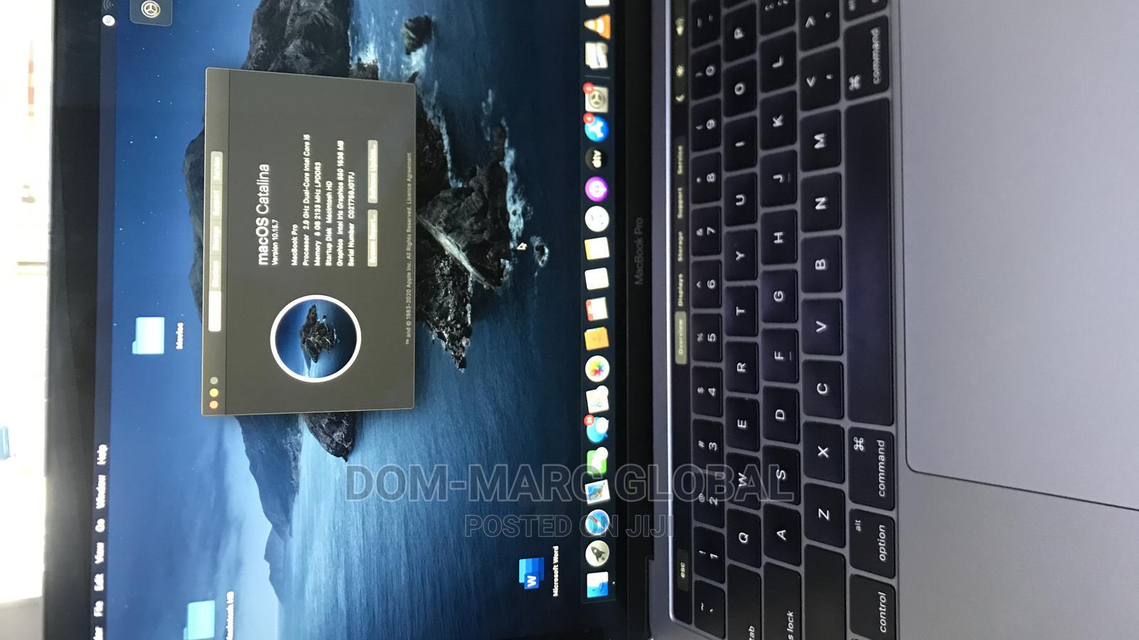 Archive: Laptop Apple MacBook 2020 8GB Intel Core I5 SSD 256GB