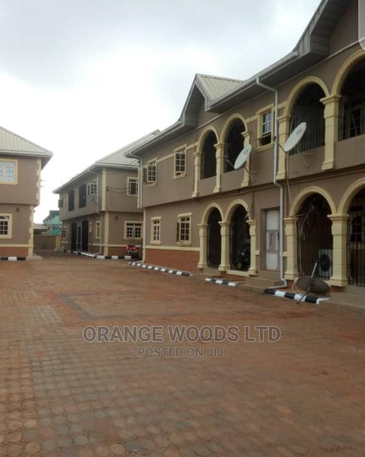 3bdrm Block of Flats in Orangewoods Ltd, Benin City for Sale