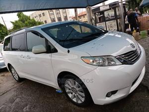 Toyota Sienna 2012 XLE 7 Passenger White | Cars for sale in Lagos State, Ojodu