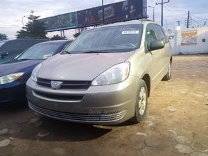 Toyota Sienna 2005 Silver | Cars for sale in Lagos State, Ikorodu