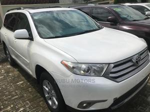 Toyota Highlander 2013 SE 3.5L 4WD White | Cars for sale in Lagos State, Ikeja