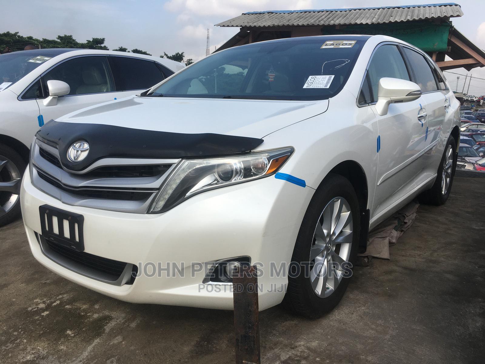 Toyota Venza 2013 XLE AWD White