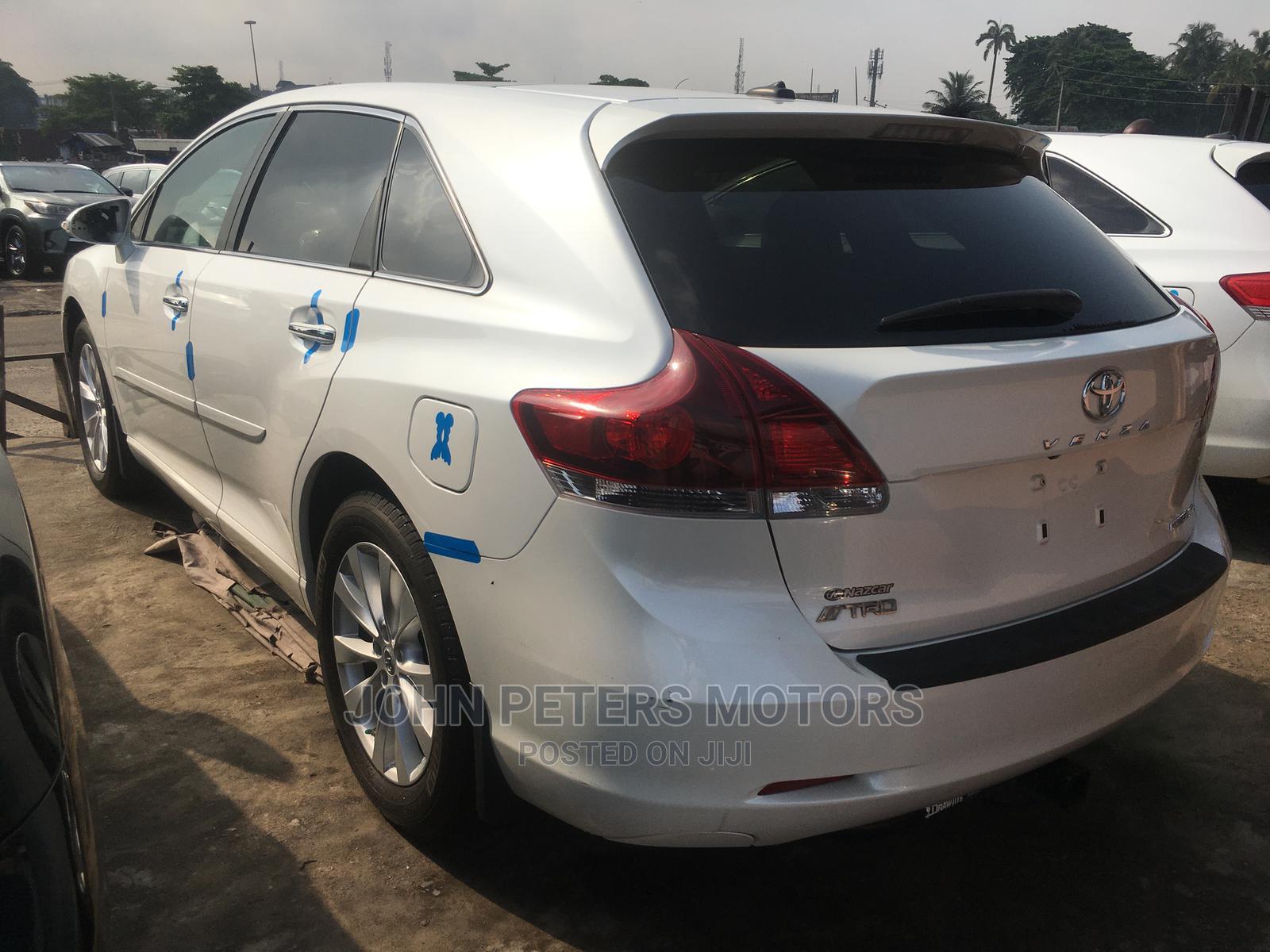 Toyota Venza 2013 XLE AWD White   Cars for sale in Apapa, Lagos State, Nigeria