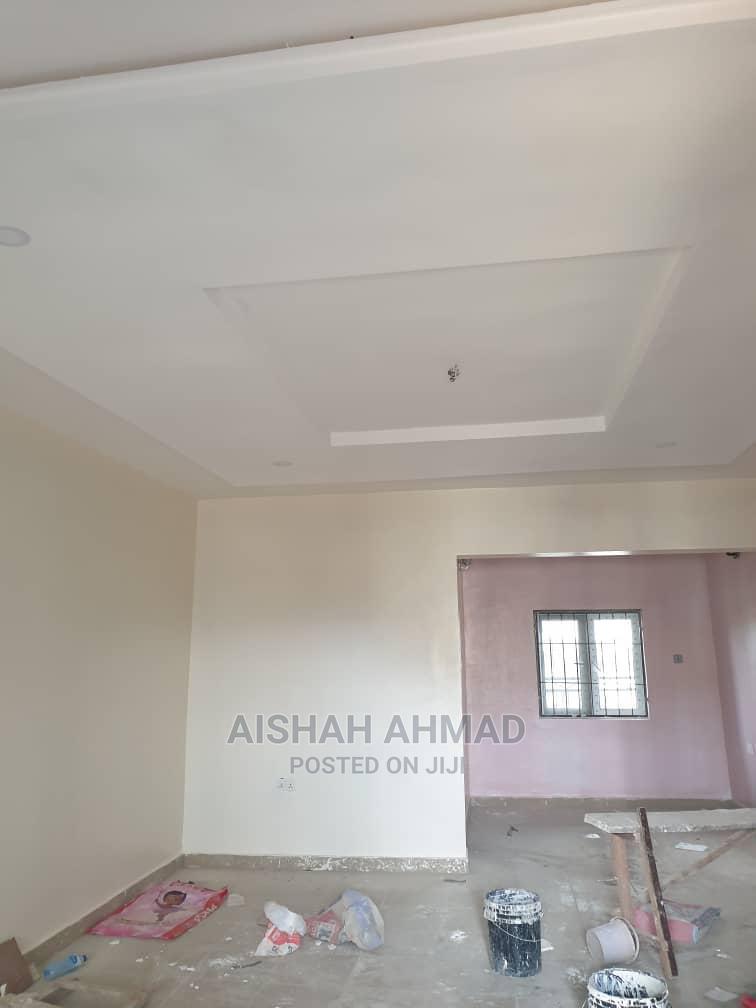 Furnished 2bdrm Block of Flats in Dawaki for sale