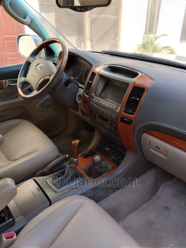 Archive: Lexus GX 2005 470 Sport Utility Silver