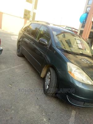 Toyota Sienna 2005 LE AWD Green | Cars for sale in Abuja (FCT) State, Central Business District