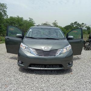 Toyota Sienna 2012 XLE 8 Passenger Gray | Cars for sale in Abuja (FCT) State, Katampe