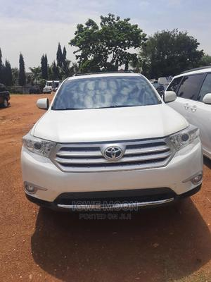 Toyota Highlander 2012 Limited White | Cars for sale in Abuja (FCT) State, Central Business District