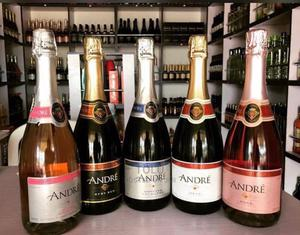 Andre Rose   Meals & Drinks for sale in Lagos State, Surulere