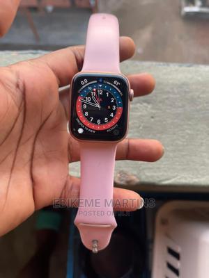 Apple Watch Series 5 Gold. | Smart Watches & Trackers for sale in Lagos State, Isolo