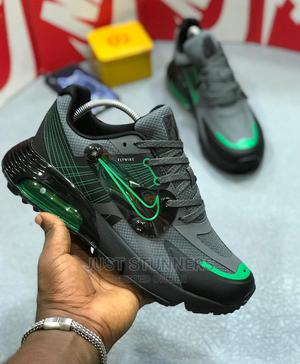 Nike Airmax FLYWIRE Men's Sneakers | Shoes for sale in Lagos State, Surulere