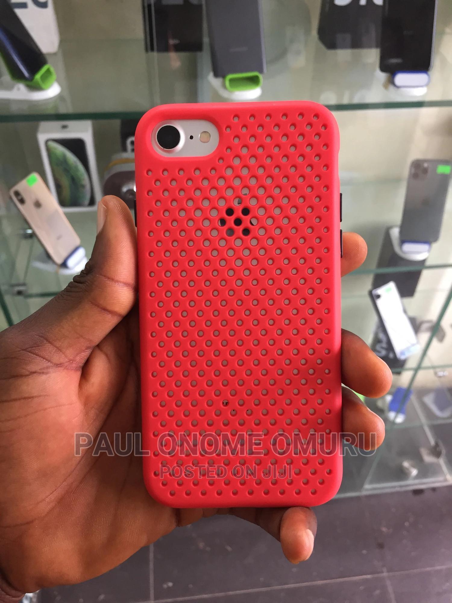Apple iPhone 7 128 GB Silver   Mobile Phones for sale in Ikorodu, Lagos State, Nigeria
