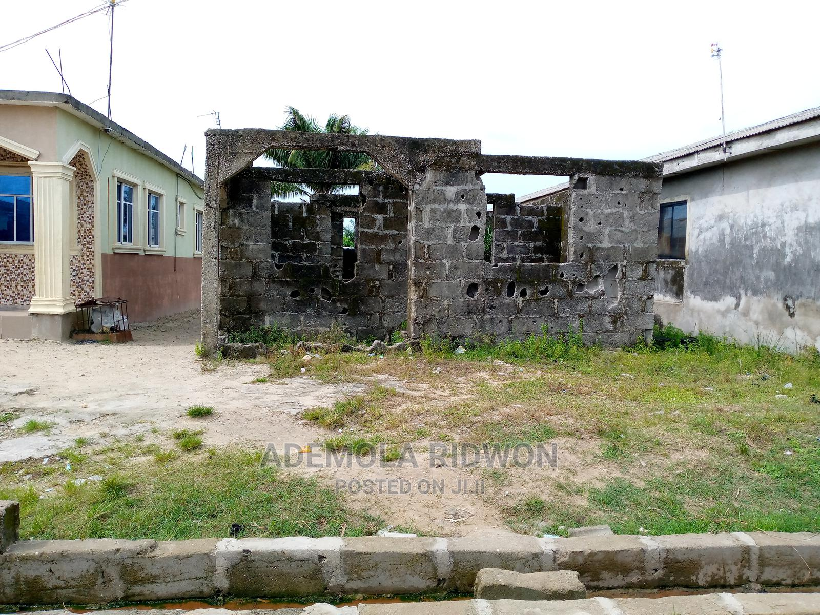 Half Plot of Land   Land & Plots For Sale for sale in Magbon, Agege, Nigeria