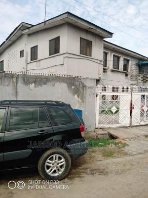 4bdrm Block of Flats in Ore Close, Ogunlana for Sale | Houses & Apartments For Sale for sale in Surulere, Ogunlana