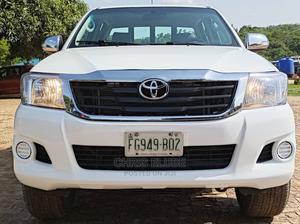 Toyota Hilux 2012 2.7 VVT-i 4X4 SRX White   Cars for sale in Abuja (FCT) State, Lokogoma