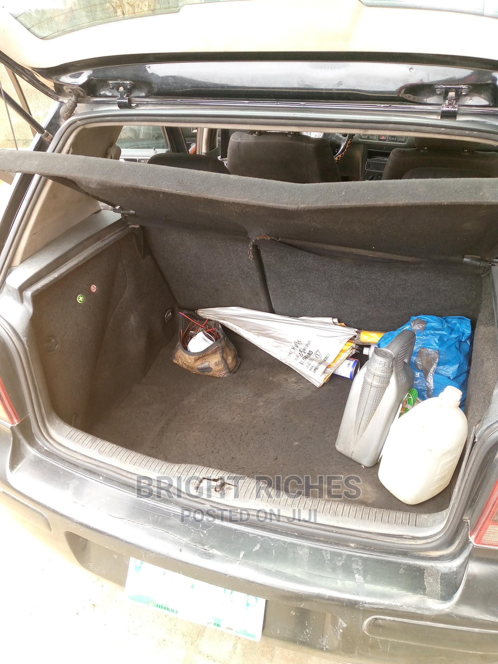Archive: Volkswagen Golf 2002 2.0 GL 5-Door Black