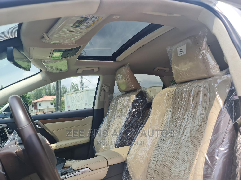 Archive: Lexus RX 2017 350 FWD Gold