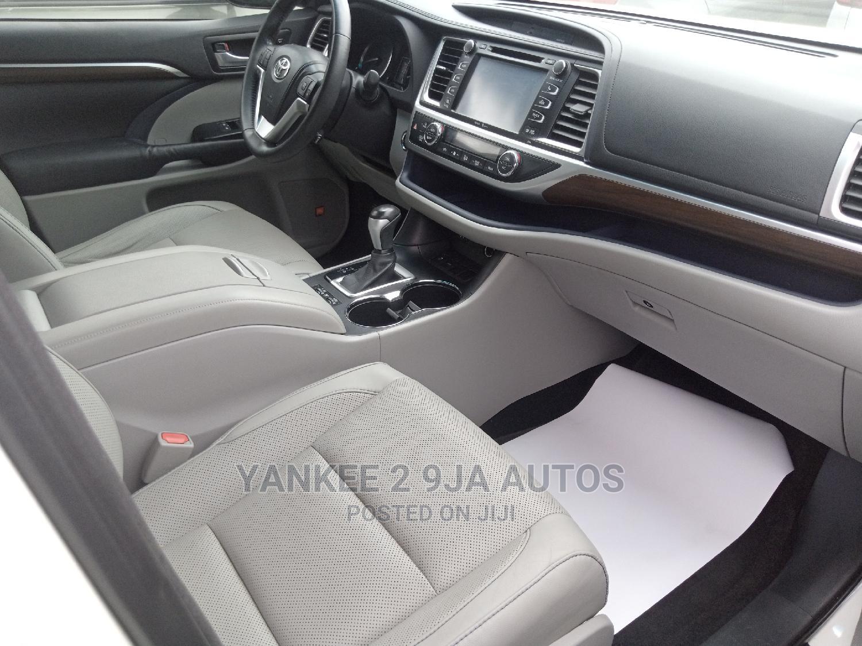 Toyota Highlander 2015 White | Cars for sale in Ikeja, Lagos State, Nigeria