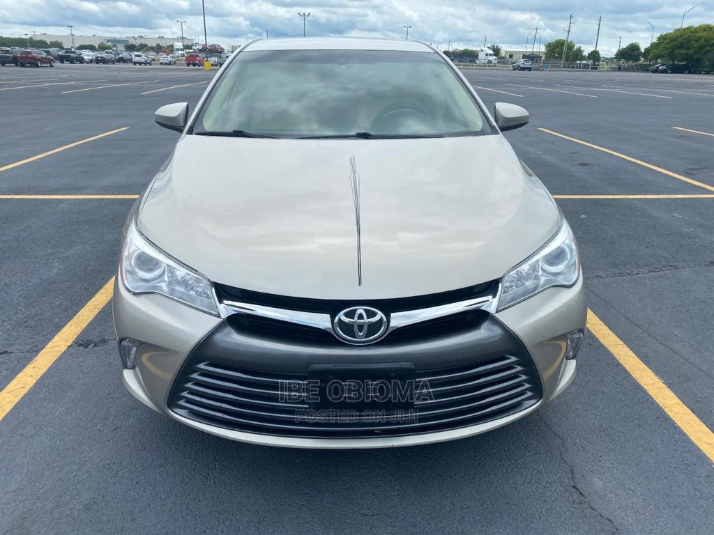 Toyota Camry 2015 Gold   Cars for sale in Ogudu, Lagos State, Nigeria