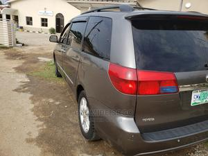 Toyota Sienna 2005 XLE Limited Gray | Cars for sale in Lagos State, Yaba