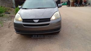 Toyota Sienna 2005 Gray | Cars for sale in Lagos State, Alimosho
