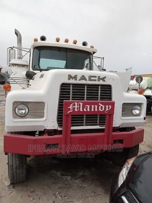 Mack Trailer Head 10tyre R Model   Trucks & Trailers for sale in Lagos State, Apapa