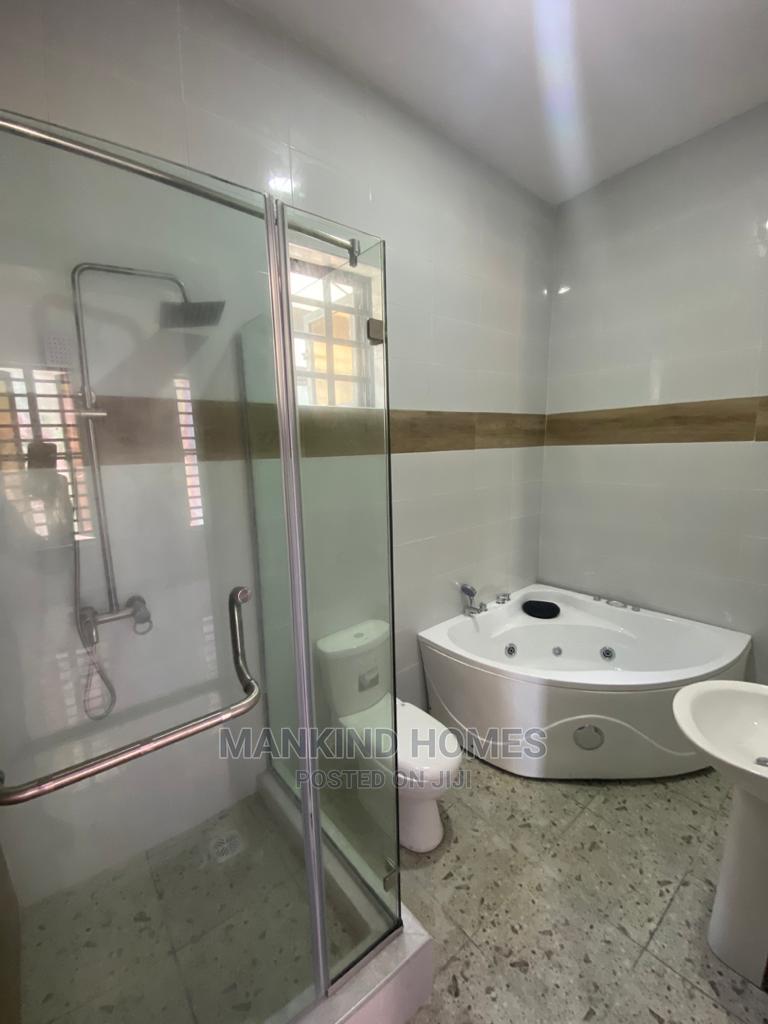 Archive: 4bdrm Duplex in Ikota Gra for Sale
