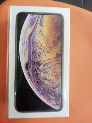 New Apple iPhone XS Max 256 GB Gray   Mobile Phones for sale in Abuja (FCT) State, Wuse