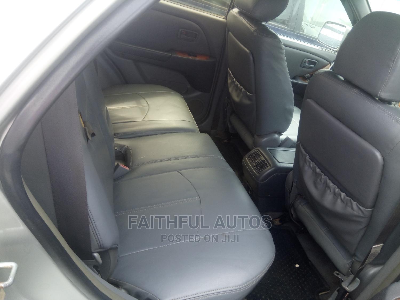 Archive: Lexus RX 1999 300 Silver