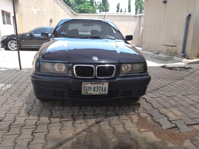 Archive: BMW M3 2000 Blue