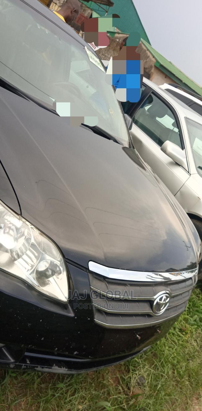 Toyota Avalon 2004 XL Black