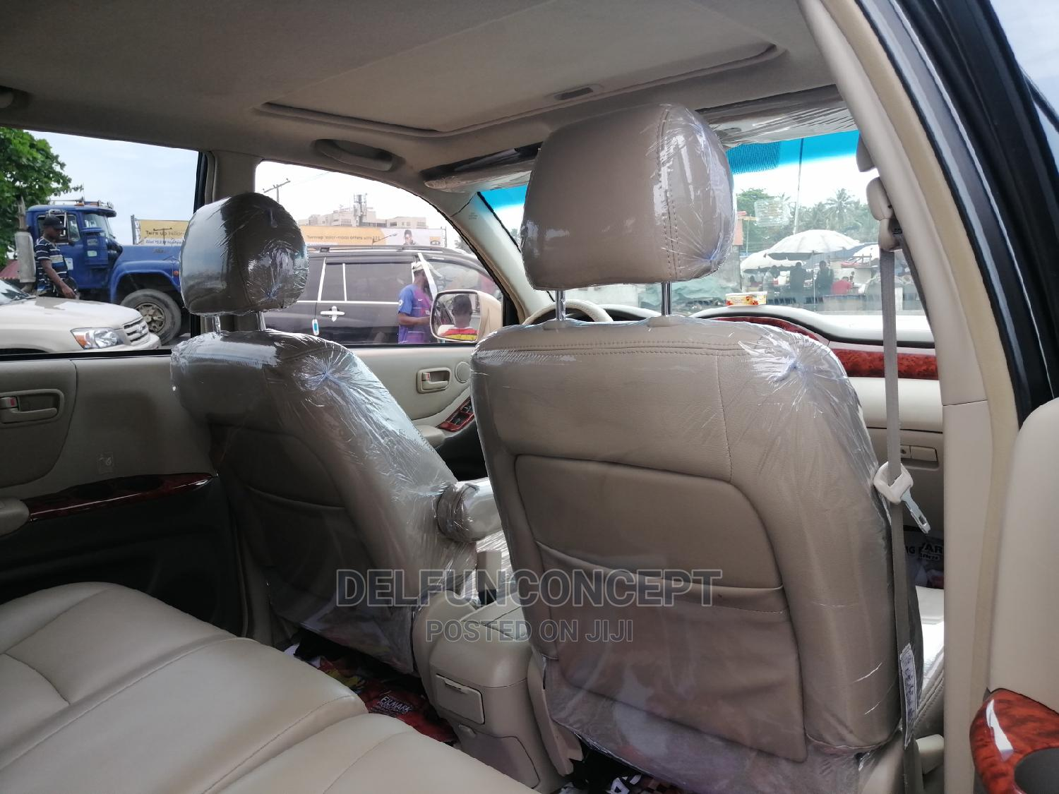 Toyota Highlander 2005 Gold   Cars for sale in Apapa, Lagos State, Nigeria