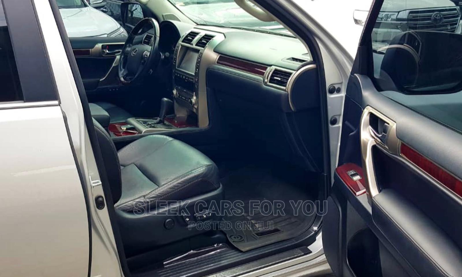 Lexus GX 2017 460 Luxury Silver   Cars for sale in Lekki, Lagos State, Nigeria
