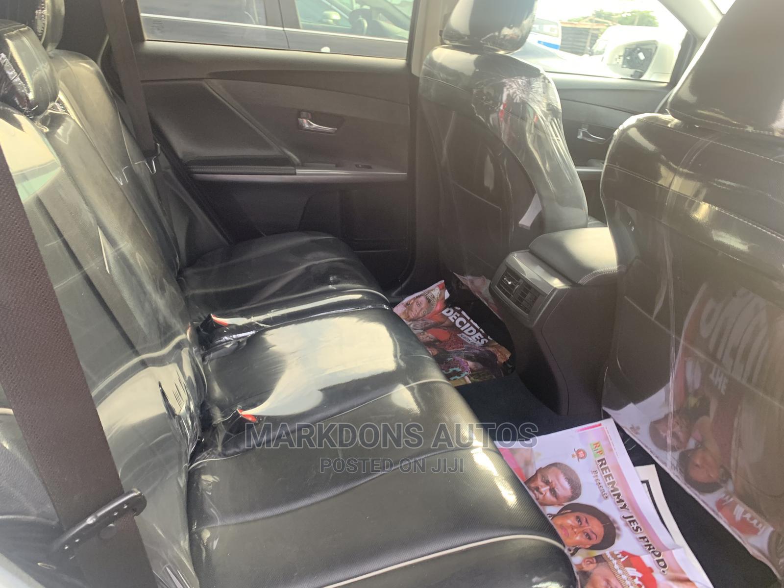 Toyota Venza 2013 Limited AWD V6 White | Cars for sale in Amuwo-Odofin, Lagos State, Nigeria