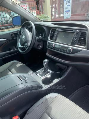 Toyota Highlander 2018 LE 4x2 V6 (3.5L 6cyl 8A) Gray | Cars for sale in Lagos State, Ajah