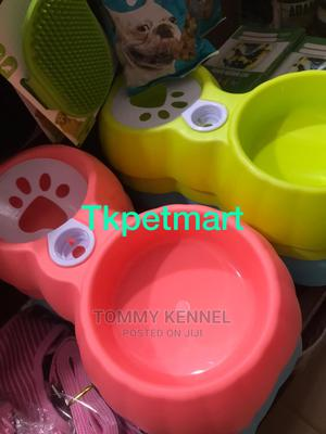Pet Double Plastic Dispensable Bowl and Pet Training Mat | Pet's Accessories for sale in Ogun State, Ijebu Ode