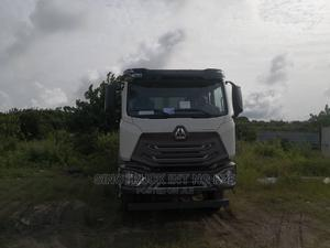 Sinotruck Hohan Tipper Truck | Trucks & Trailers for sale in Lagos State, Ibeju