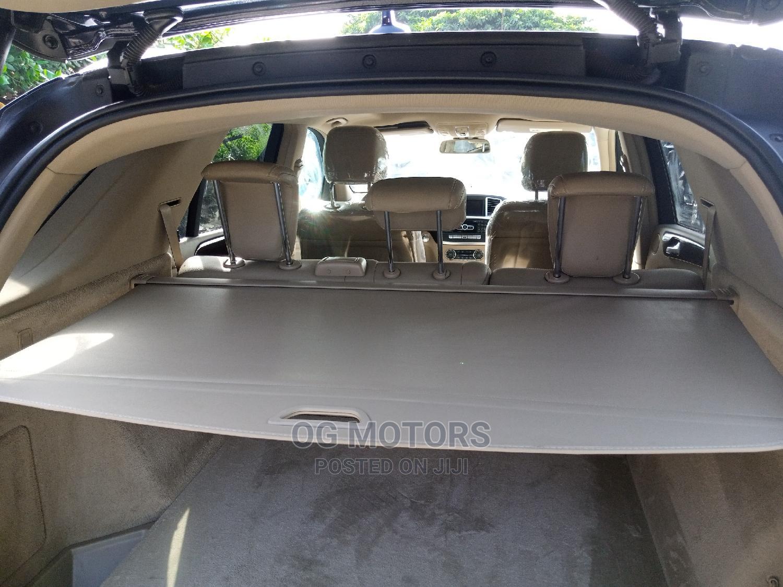 Archive: Mercedes-Benz M Class 2012 Blue
