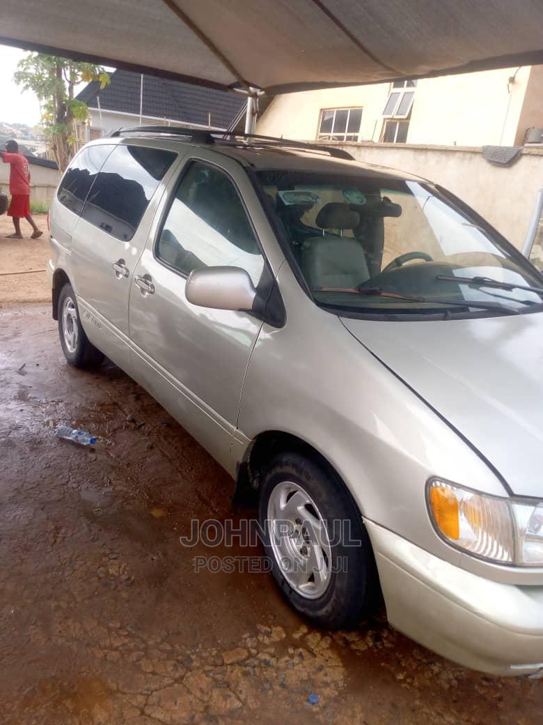 Toyota Sienna 2002 XLE Gold | Cars for sale in Enugu, Enugu State, Nigeria