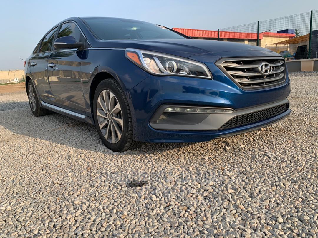 Archive: Hyundai Sonata 2016 Blue
